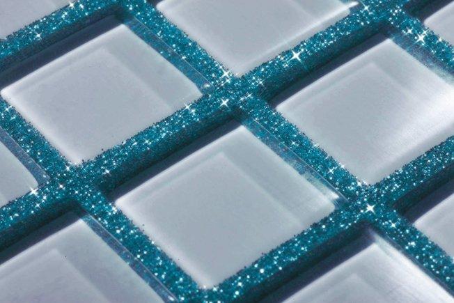 珠光填縫劑單獨看上去非常浮誇,但如果家裝風格正好符合,也可嘗試。(圖片來自Kerapoxy)