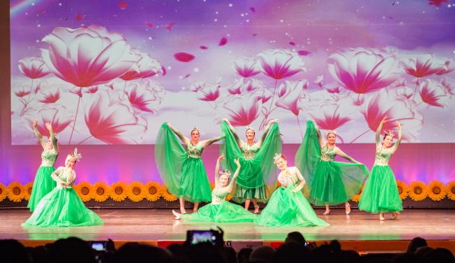 奧蘭多華協春晚節目之一,舞蹈。(朱志凌提供)