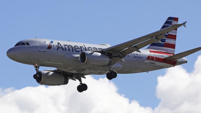 WHO宣布武漢肺炎疫情已構成全球公衛緊急事件,包括美國航空在內的飛行員和空服員紛紛要求立即停飛中國的航線。   美聯社