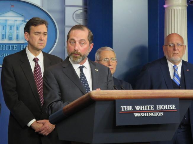 美國衛生部長阿薩爾31日在白宮針對武漢肺炎舉行記者會。(記者張加/攝影)
