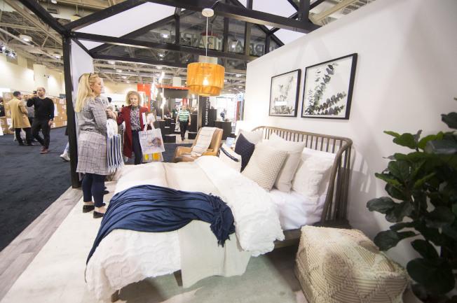 現代化的簡潔卧室。(新華社)