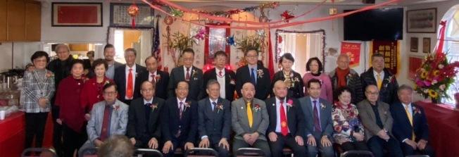 羅省伍胥山公所日前舉行正副主席換屆就職典禮。(伍胥山公所提供)