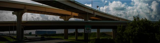 佛州收費高速公路一景。(取自FloriaTurnpike網頁)