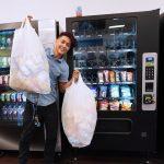 19歲 經營25個販賣機 月賺3000 但他還有賺3倍的生意