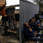 德州36偷渡客困卡車夾層 險死