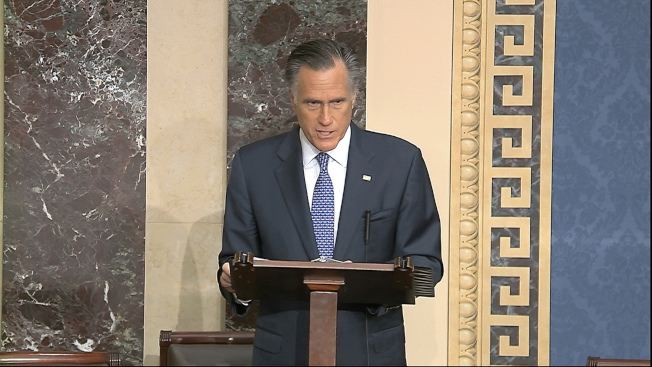 共和黨聯邦參議員羅穆尼(Mitt Romney)表示5日重申:支持彈劾川普。(美聯社)