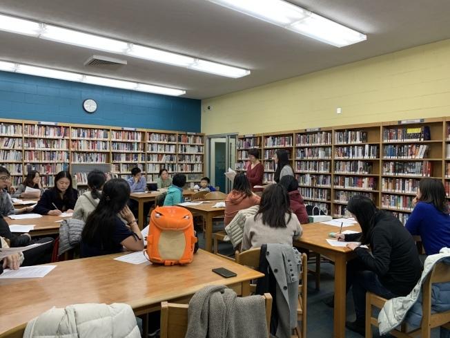 市府決議延後28學區多元化計畫,華人家長表示雖取得階段性勝利,仍會堅持關注、把關。(本報檔案照)