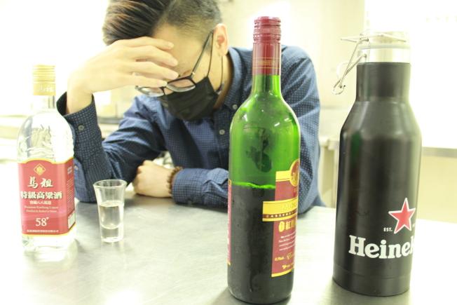 飲酒過量傷身,一時的歡樂氣氛反而引發「創傷後壓力症候群」。(圖:花蓮縣衛生局提供)