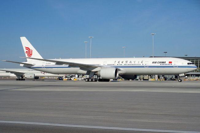 受新冠肺炎影響,中國國際航空公司大幅減少美中航班。(網路圖片)