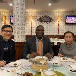 新冠疫情衝擊華社 小商業局長、國會議員訪華埠打氣