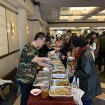 法拉盛美食節 聚人氣抗疫情 民眾一早排隊 品嘗千份美食