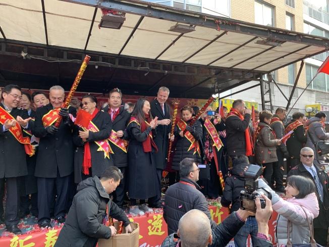 紐約市長白思豪呼籲社區保持團結,努力支援華埠的繁榮穩定。記者和釗宇/攝影