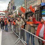 華人不畏疫情參加遊行 攜家帶眷體驗傳統文化