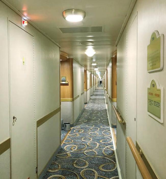 豪华邮轮钻石公主号发生集体感染事件,目前已有174人感染新冠肺炎,其中有4人重症。(图:受访者提供)