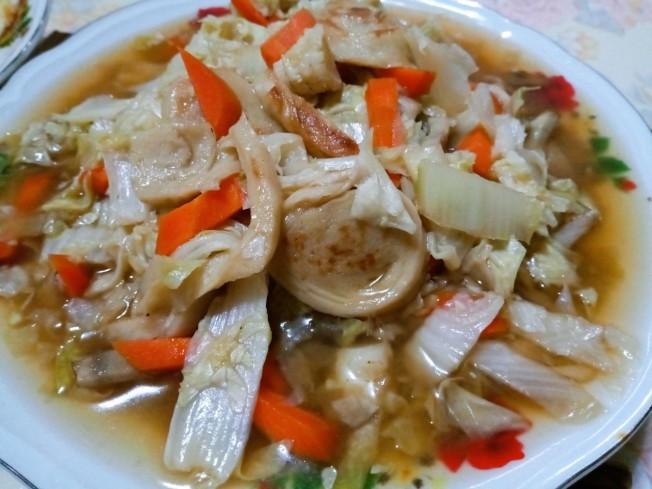 香煎麵腸滷大白菜