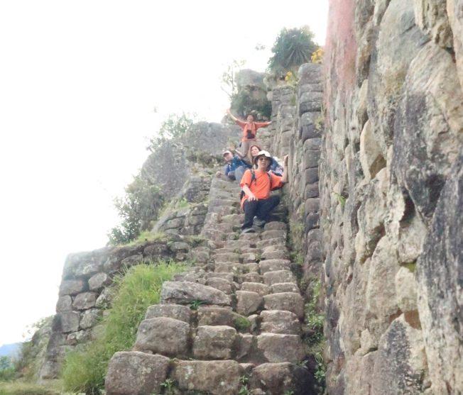 馬丘比丘後面的Huayna Picchu山勢陡峭。(圖由作者提供)