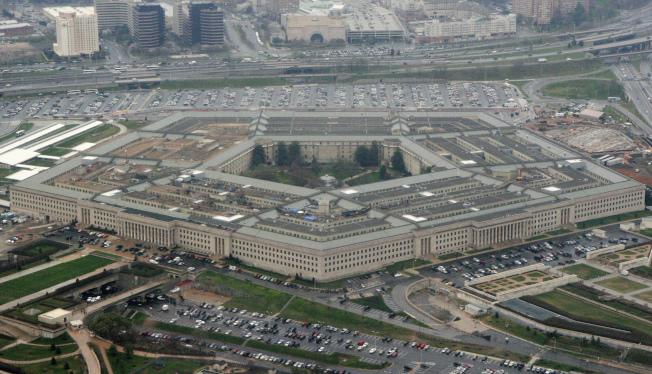 國防部改變立場,轉而支持川普政府對中國通信巨擘華為擴大出口管制。(美聯社)