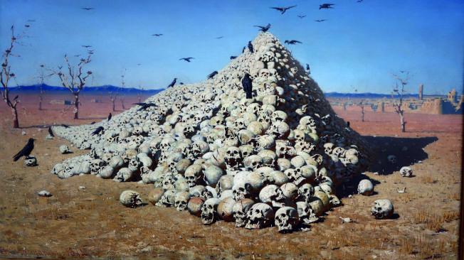 俄國戰爭畫家的畫〈一將功成萬骨枯〉,曾被戰爭中的國家禁展。(萍萍.圖片提供)