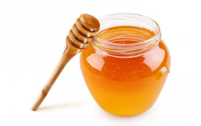 兒科醫師建議家長,不要給孩子吃咳嗽糖漿,因為對兒童並不健康,可改用蜂蜜。(取自推特)