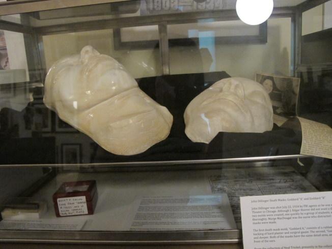美國黑幫博物館的John Dillinger「面具」。(本報檔案照)