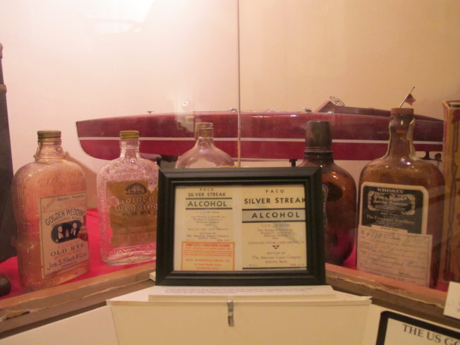 美國黑幫博物館收藏了許多禁酒令時期的獨特文物。(本報檔案照)