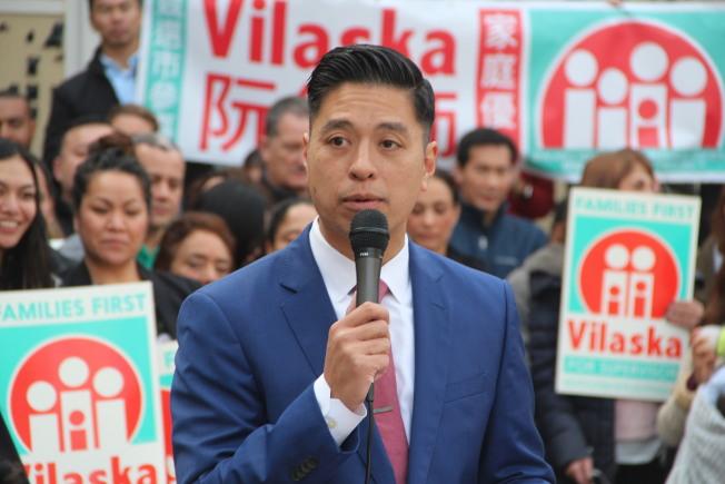 公辯律師、越南裔的阮大陸13日宣布參選舊金山第七區的市議員。(記者李晗 / 攝影)