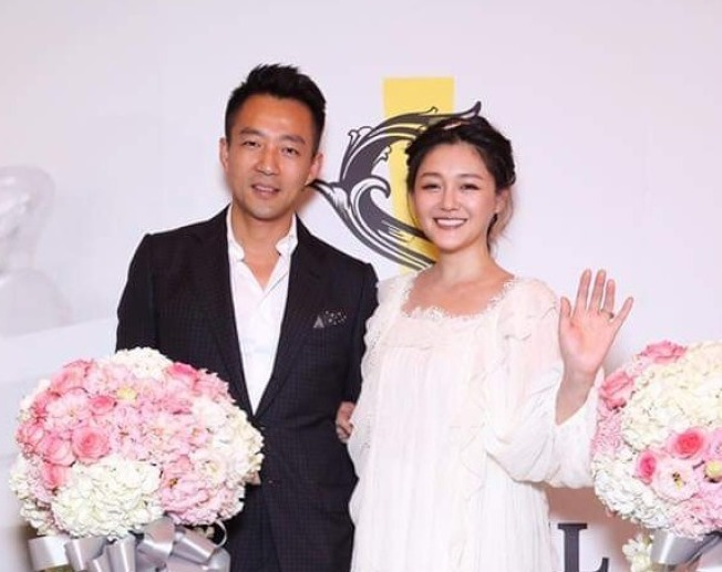汪小菲(左)與大S婚姻生活幸福。(取材自臉書)