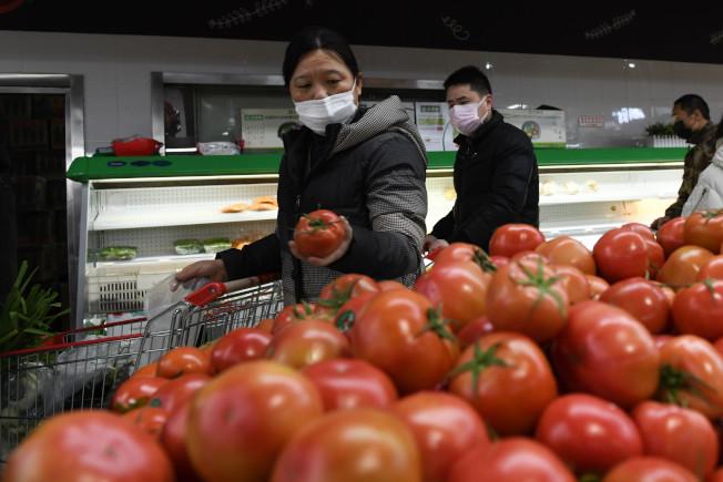 保障人民的「菜籃子」是穩定經濟重要一環。 (新華社)