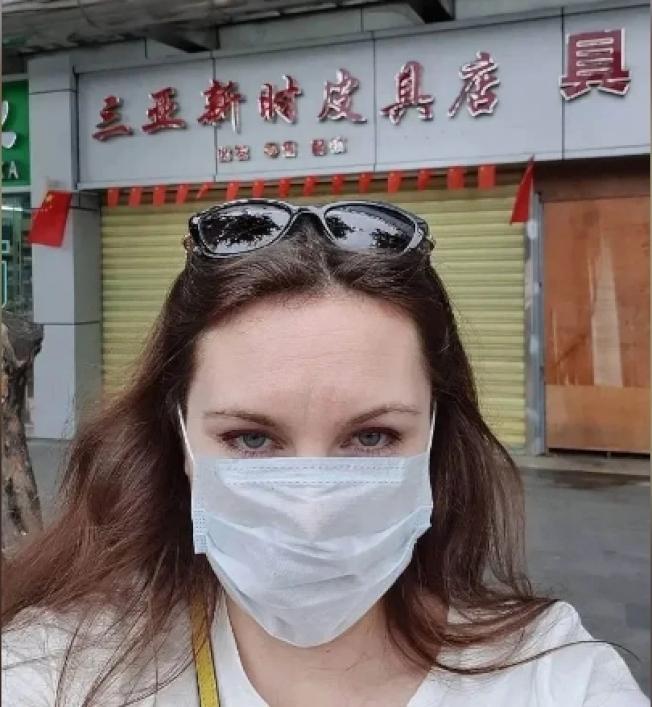 伊莉娜(Alla Ilyina)回國後出現喉嚨痛的徵狀而被隔離。(Instagram圖片)