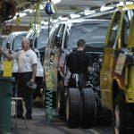 疫情衝擊零件供應 車廠停工擴及歐洲