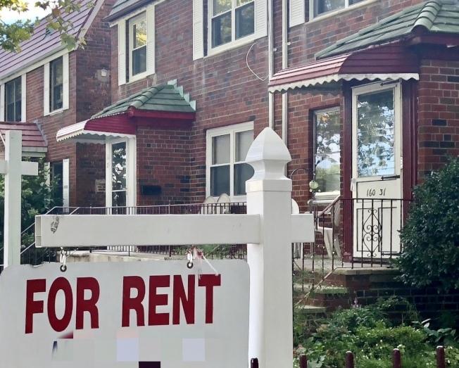 「StreetEasy」情人節公布的一份報告顯示,若伴侶合租一室一浴的公寓,每年平均可節省3萬元。(本報檔案照)