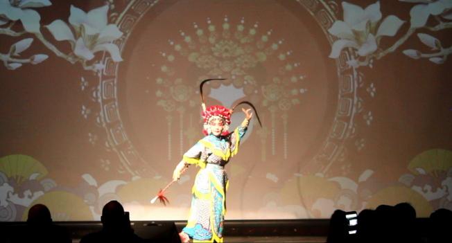 有小紅雲之稱的武旦于潔演出京劇「扈家莊」選段。(何珥琳提供)