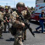 精銳戰士配「眩暈手榴彈」 派往庇護市逮無證客