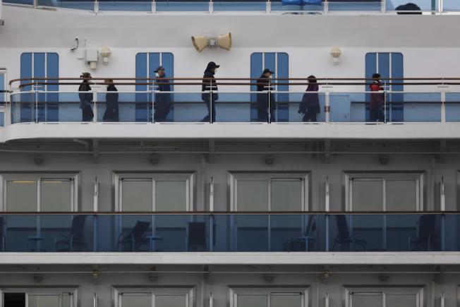 「鑽石公主號遊輪」今天確認再有70人感染新型冠狀病毒,船上總計已有355人感染武漢肺炎。(美聯社)