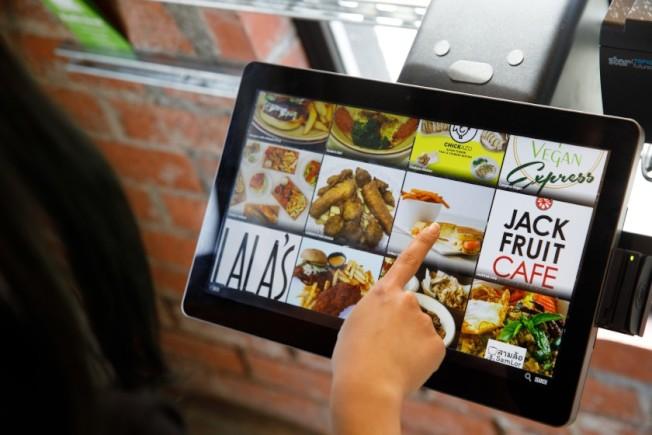 Colony平台上提供26個虛擬廚房空間,提供用戶準備取餐訂單。(網路照片)
