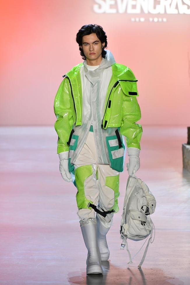 紐約時裝周/台時裝品牌Seven Crash 「演化」系列展現未來感