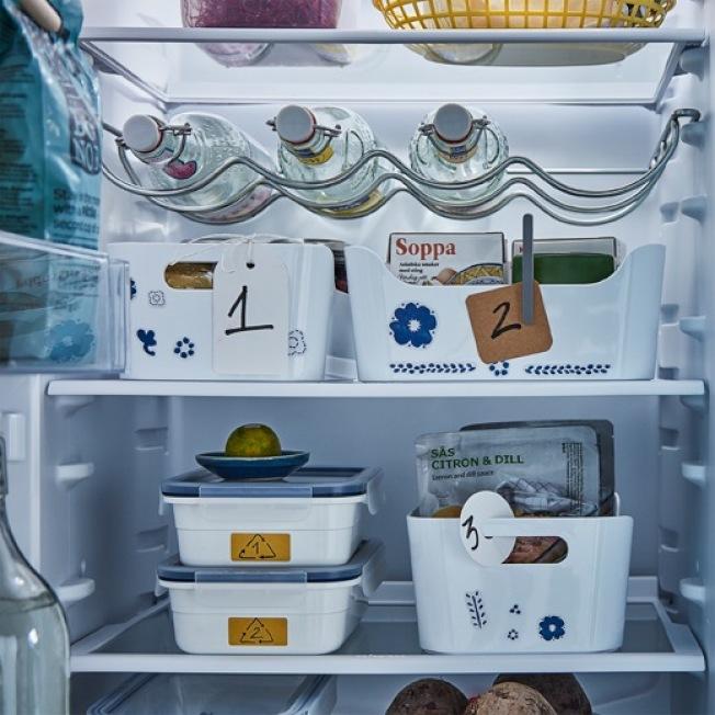 IKEA IVAR酒瓶架(灰色)可讓冰箱空間有效運用。圖/IKEA提供