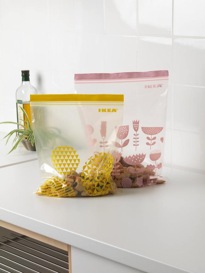 IKEA ISTAD保鮮袋有多種尺寸與顏色,適合做分類。圖/IKEA提供