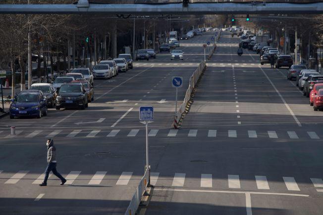受新冠肺炎疫情影響,北京道路車流稀疏。從食物外送到交通數據,各種另類指標顯示中國第1季經濟展望不樂觀。路透