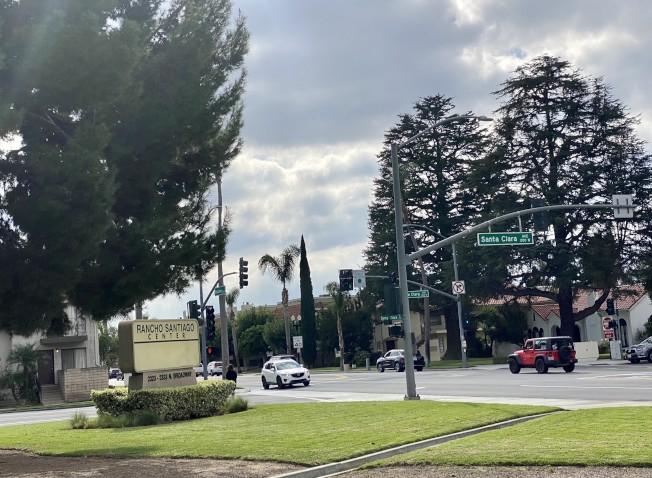 聖塔安那市街區一角。(記者尚穎/攝影)