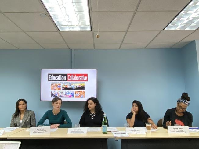 移民維權組織代表呼籲市府撥款600萬元建更多轉校生學校領航項目。(記者金春香/攝影)