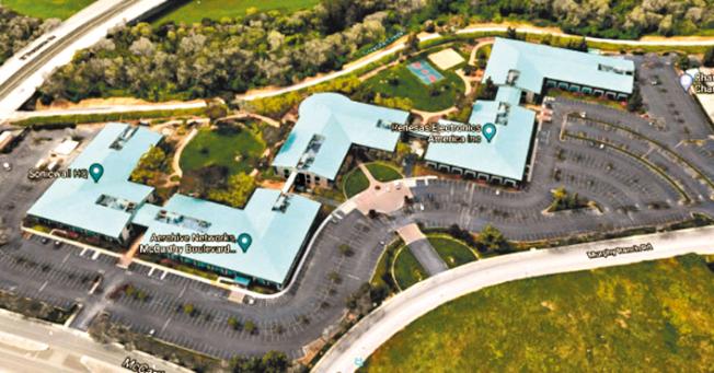 圖中的科技園區共有5棟辦公室,合稱「墨菲路口」,位於密爾比達,已於日前易手,成交價是1.3億元。(取自推特)