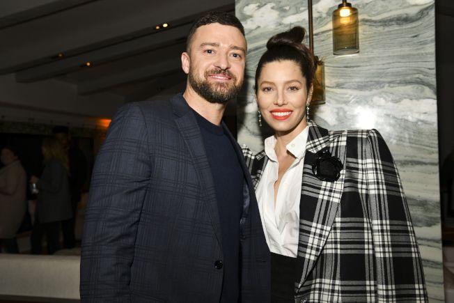 賈斯汀(左)和演員妻子潔西卡貝兒(右)。(Getty Images)