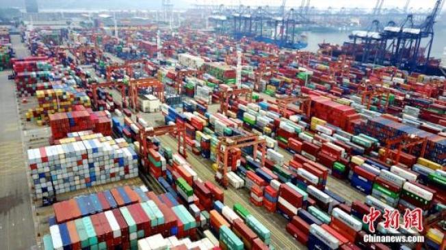 中國國務院關稅稅則委員會發布第二批對美國加徵關稅商品第一次排除清單。 中新社資料照片