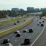 杜勒斯收費公路漲價 交易量降2萬筆 但一年收入增2億元