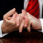 選總統比大比長  傳川普連25年寄「手指照」給媒體