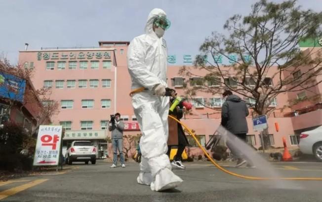 新冠肺炎疫情持續升溫,尤其韓國大邱也爆發群聚感染疫情。圖╱GettyImages