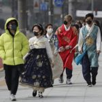 CDC:日韓升至2級旅遊警示 伊朗列社區傳播