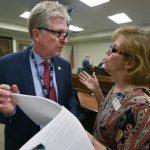 維州理工大屠殺受害人家長奔走13年 限槍法案終將過關