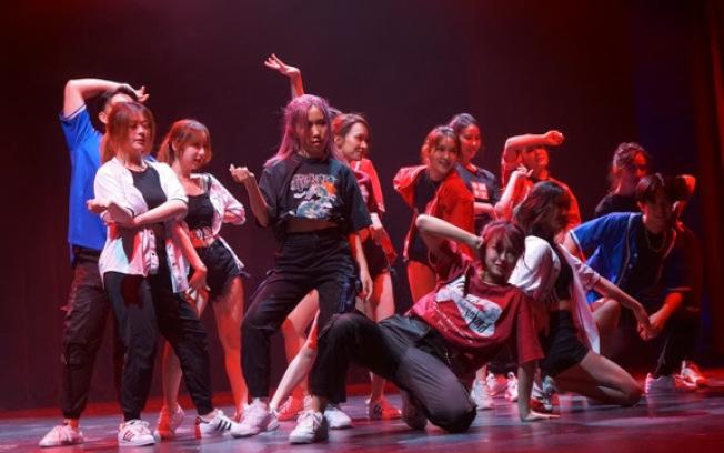 Spade A舞團的街舞。(全美中華青年聯合會提供)